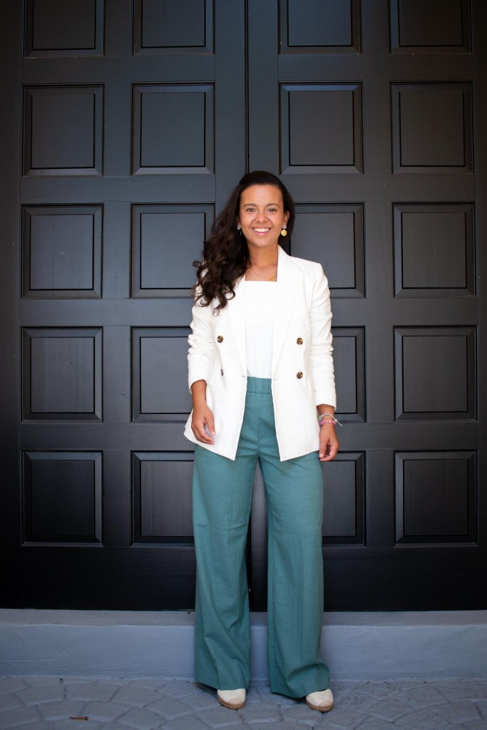 white blazer outfit ideas for the office