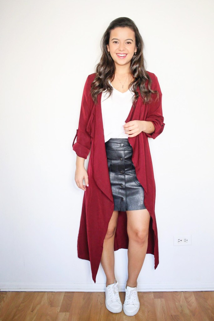 Cute leather skirt outfit ideas with white sneakers and white t-shirt