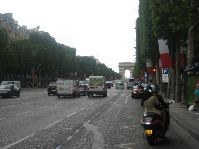 Avenida Champs-Elysees