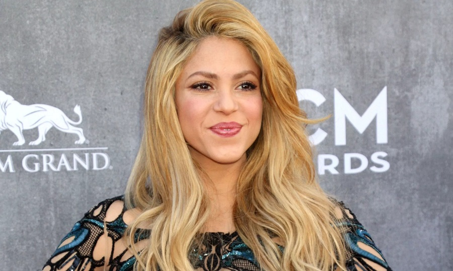 Shakira | Singer On The Verge Of Nervous Breakdown? | @wazzuptonight