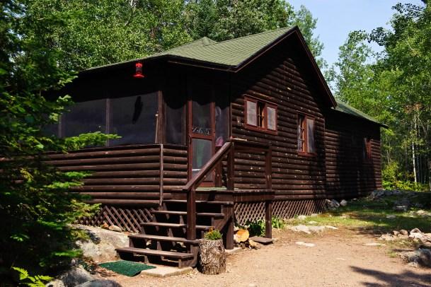 Cabin Four: Exterior