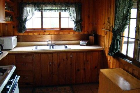 Cabin Four: Kitchen