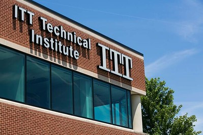 Private, for-profit schools compete with community colleges