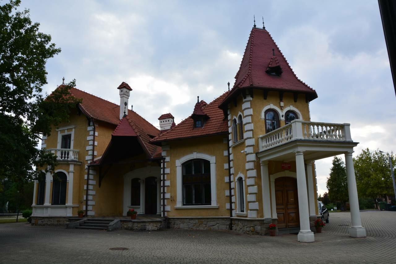 Oferta edukacyjna Pałacyku Oborskich na czas wakacji