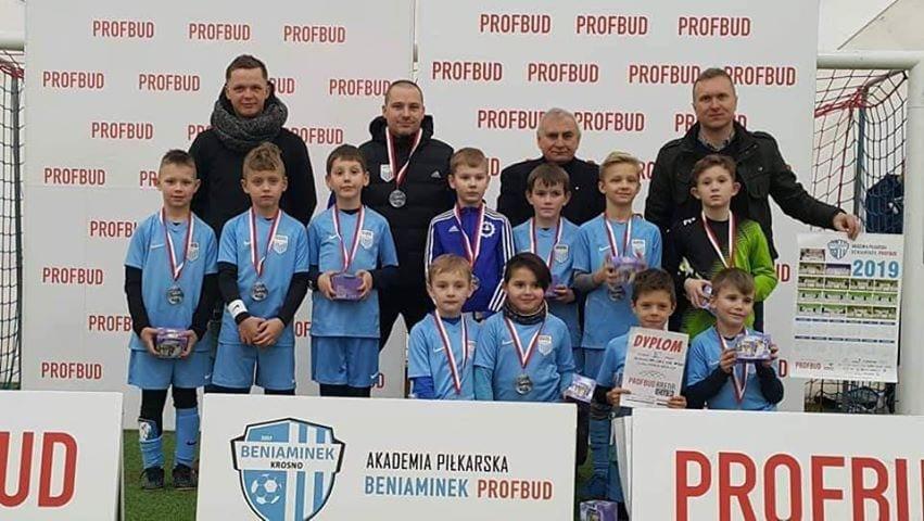 Złoto w Katowicach, srebro w Krośnie rocznika 2010 z UKS SMS Stal Mielec !