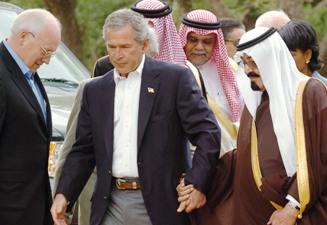 11508318-bush-cheney-in-crawford-with-saudi-king-abdullah