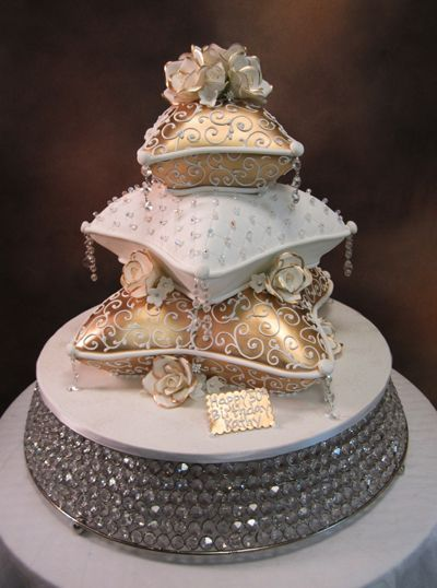World Class Weddings wedding-cake1 Fit For A Princess!
