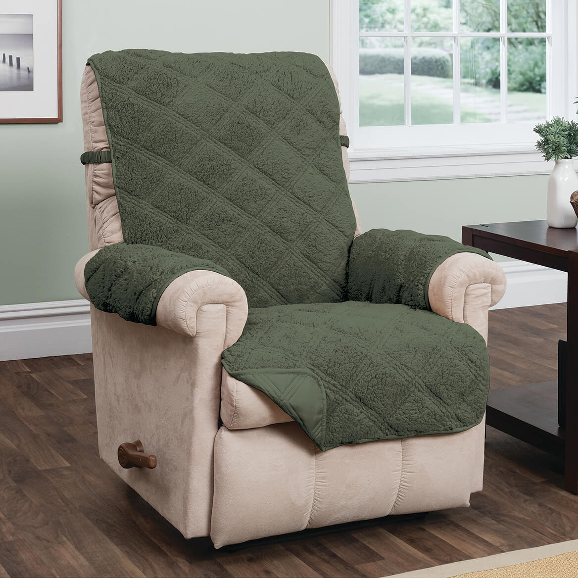 waterproof chair covers for recliners what are wwe chairs made out of furniture protectors pads walter drake hudson sherpa recliner protector 365402