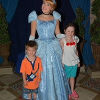 Guide to all character meals at Walt Disney World, including menus