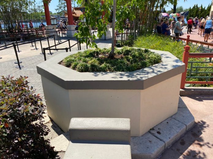 concrete-paint-porcelain-pavilion-2-epcot-04132021-7340506