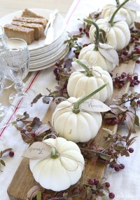 16 Fall and Thanksgiving Centerpieces - DIY Ideas for Fall ...