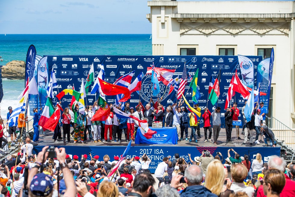 ceremony-opening-ISA-world-surfing-games-2017-biarritz-guillaume-arrieta-we-creative
