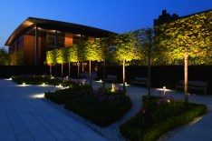 Liverpool Hope University. Liverpool (UK) Landscape architects: BCA Landscape Lighting design: Light Angel Design Photo: James Newton Photographs