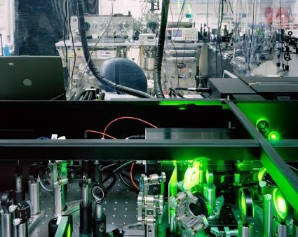 0-high-harmonic-generation-spectrometer-weizmann-institute-rehovot.jpg