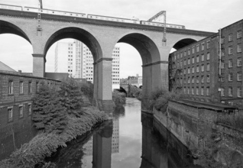 0John-Davies-Stockport-Viaduct-500x345.jpg