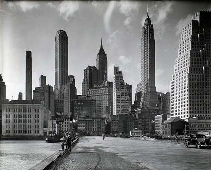 0_StreetManhattan_by_Berenice_Abbott_March_26_1936.jpg