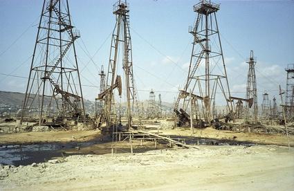 0bibi-heybat_oilfield.jpg