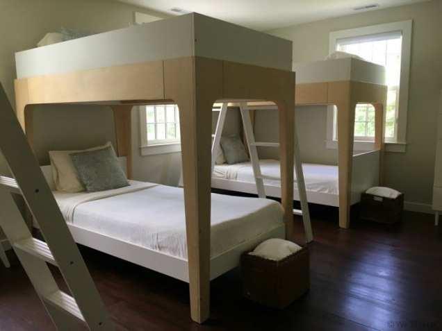 Paradise Farmhouse bedroom bunks