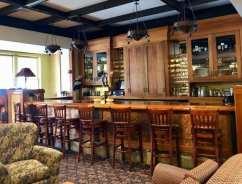 Jackson Gore lobby bar