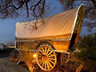 Cattleman's steakhouse covered wagons