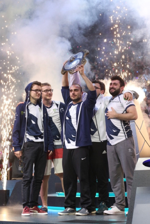 weak_gaming_team-liquid