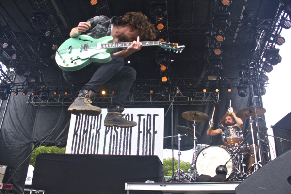 1_Black-Pistol-Fire_Governors-Ball