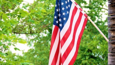 Looking for frugal things to do on Memorial Day? Use these tips to kick-off Summer with a blast, all while staying within your budget.