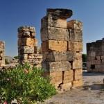 Развалины древнего города в Памуккале