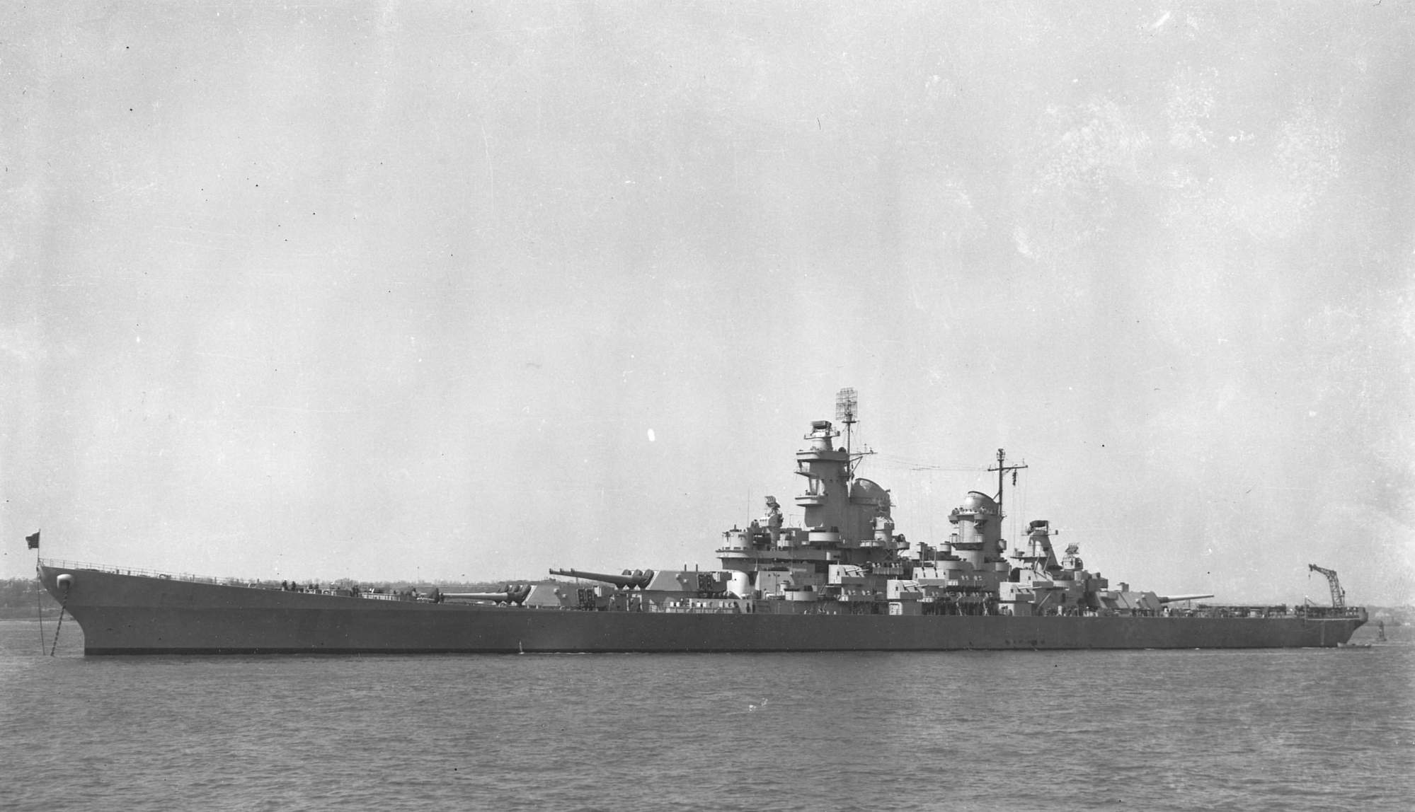 hight resolution of uss iowa bb 61 during her shakedown period on april 4th 1943