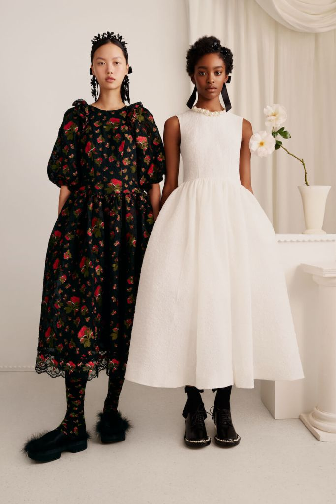 What sizes will the Simone Rocha x H&M collection be stocked in?