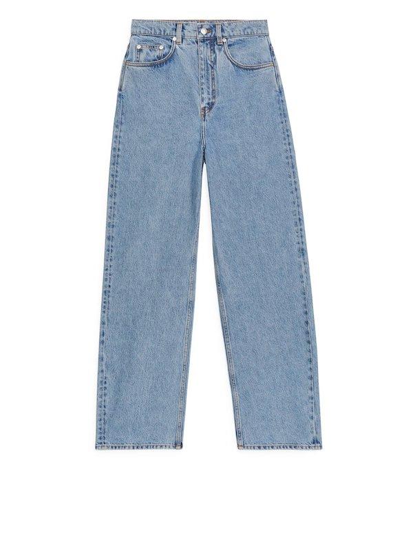 Barrel Leg Blue Jeans