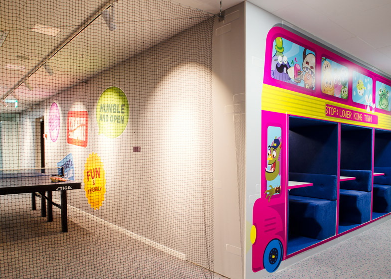 Candy Crush Offices - Ping Pong 2