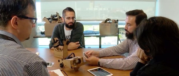 VR Headset Helps Put Children at Ease