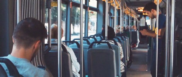 CommuterAds Using Geotargeting on Buses