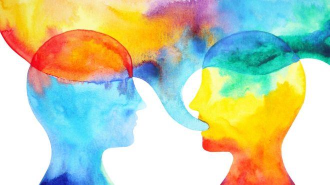 _103917453_heads_talking