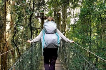 saphira schroers, osprey lumina 60, superultralight backpack, gear review, queensland, explorer