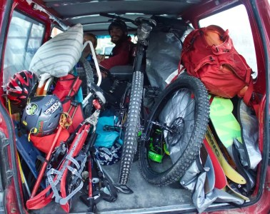 tim ashelford, 6 Road Trip Essentials Learnt From A Week In A Tiny Van, new zealand, ski tour