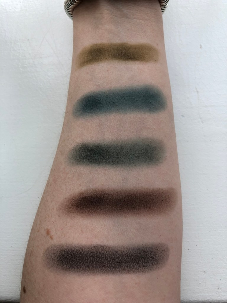 Swatches of second row of Morphe Jaclyn Hill Dark Magic Palette