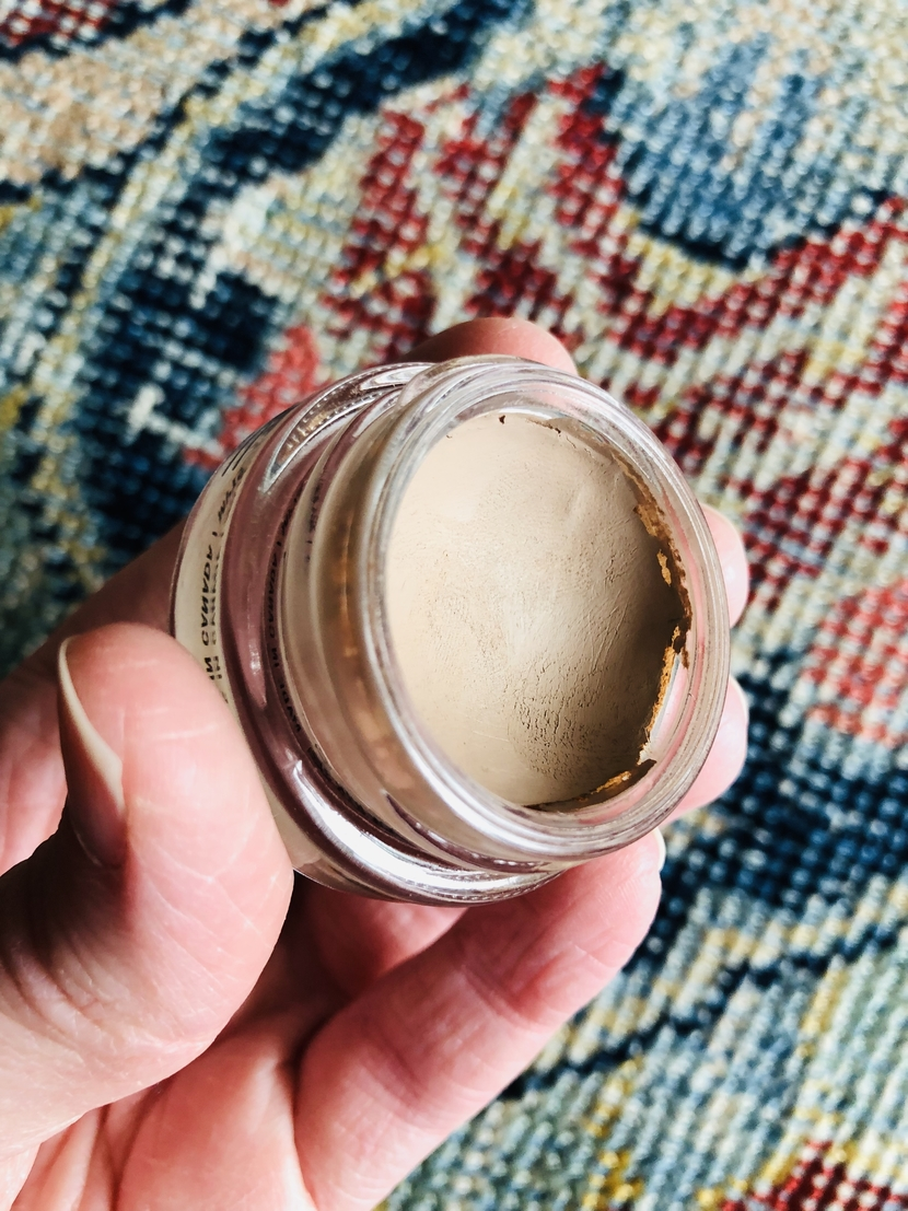 Creamy texture of MAC Paint Pot in Camel Coat