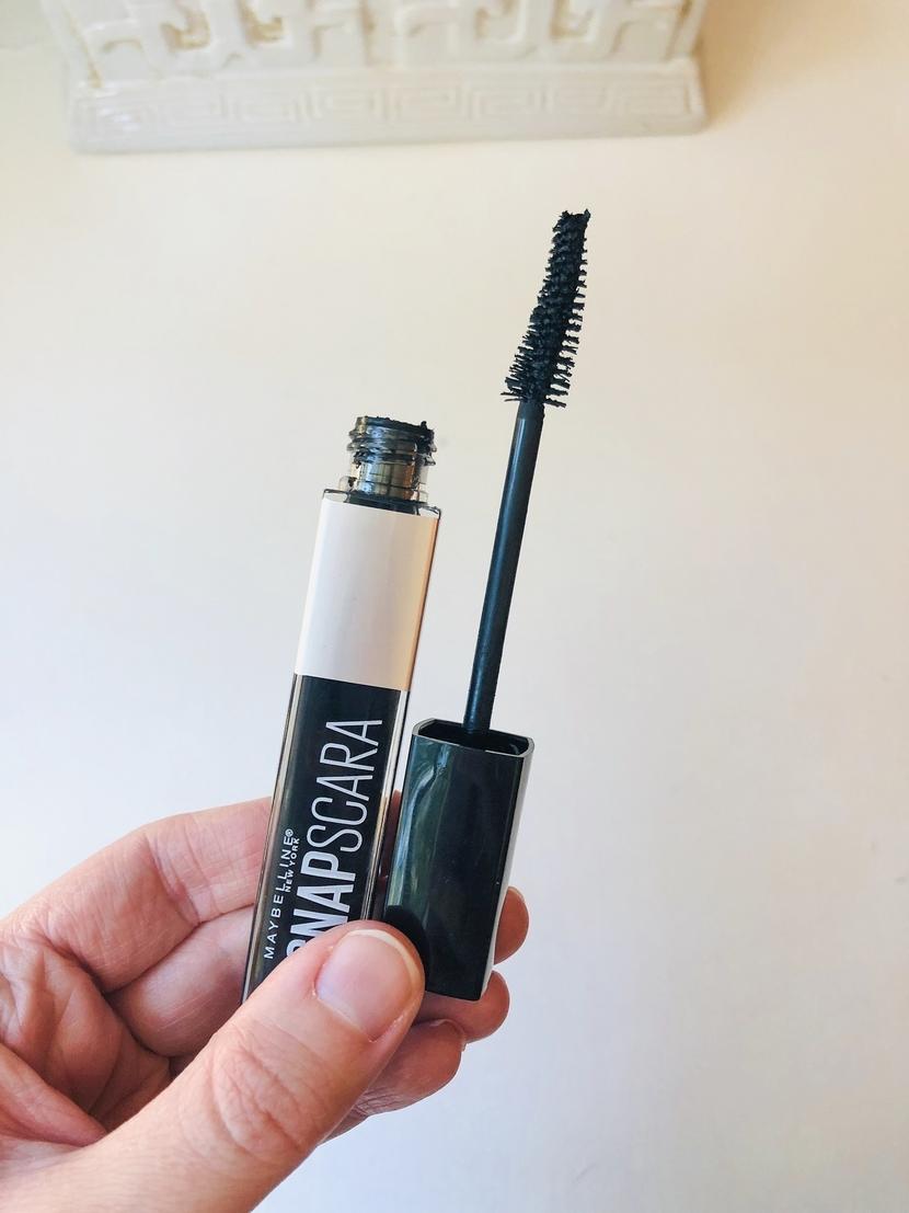 Maybelline Snapscara - Jessica Alba's mascara trick