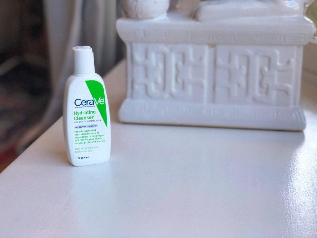 Portrait of CeraVe Hydrating Cleanser (mini bottle)