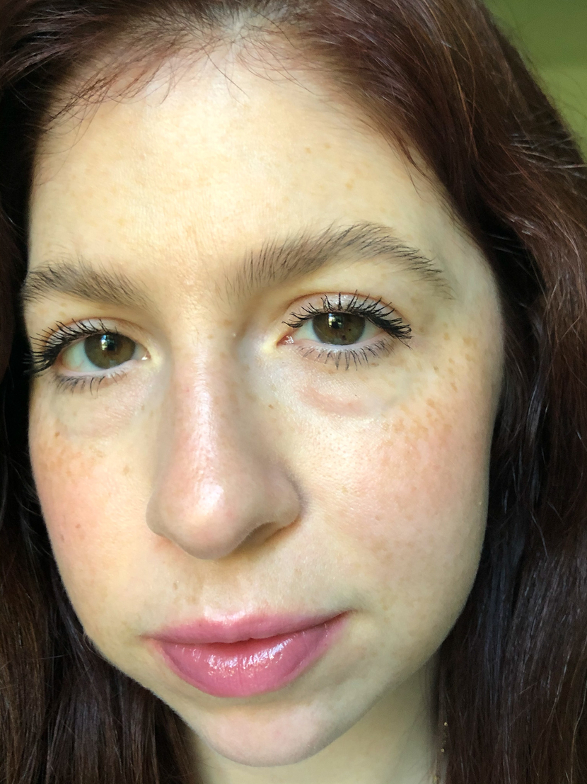 Wearing two coats of the L'Oreal Lash Paradise Mascara on my lashes