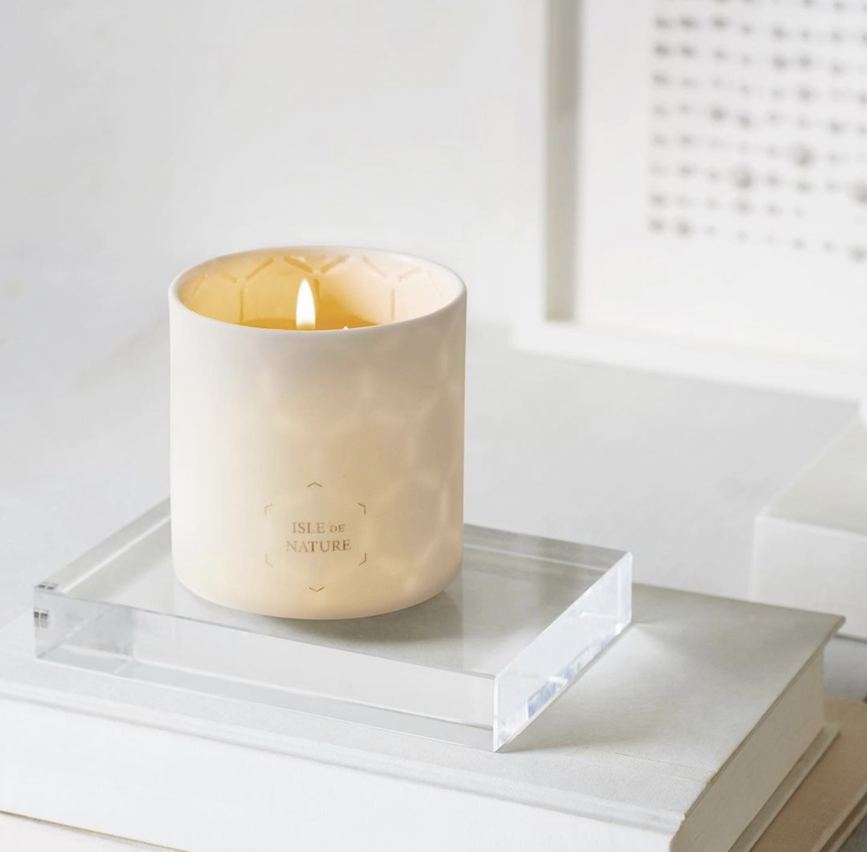 Editor Claire McCormack Picks Isle de Nature Beeswax Candle
