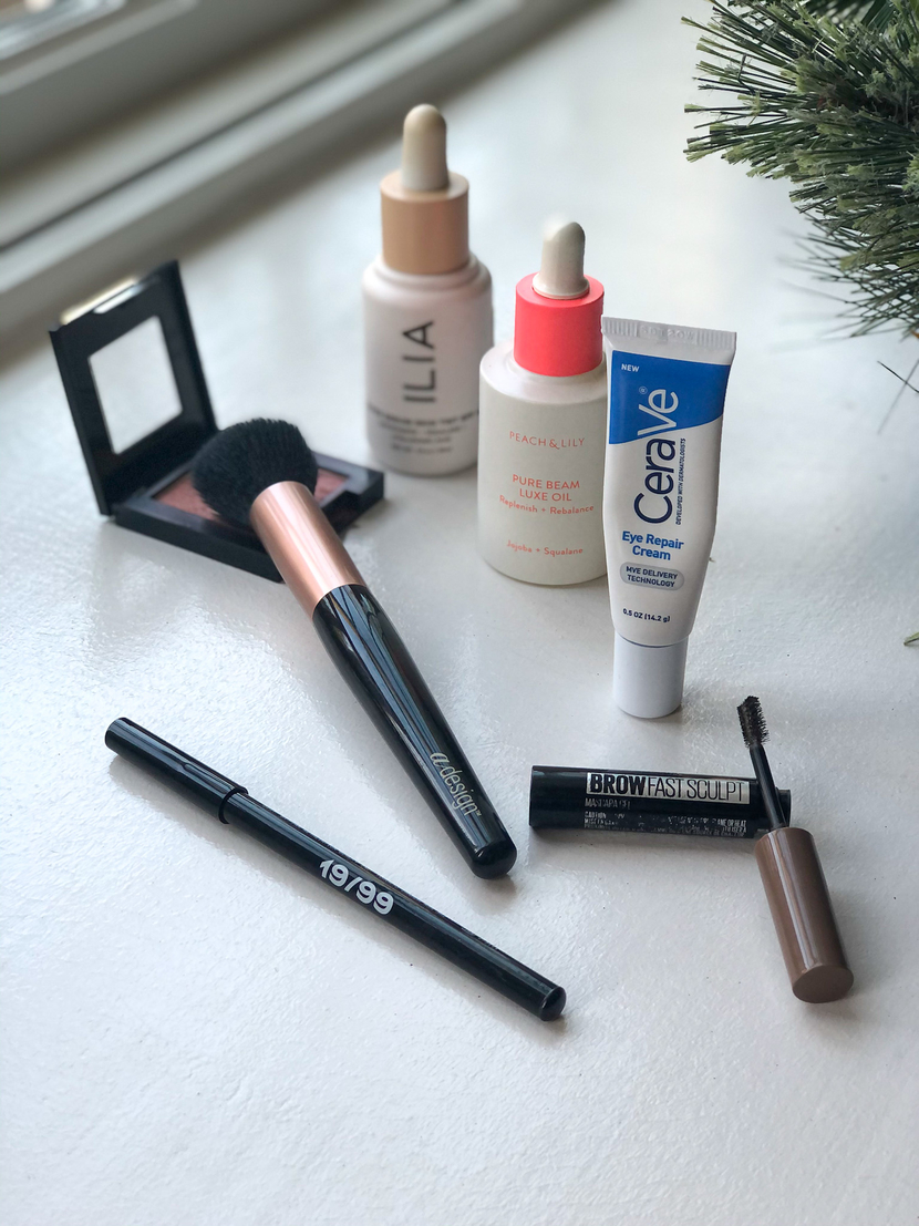 Some of my top ten beauty products of 2020 featuring bits from Maybelline, 19-99 Beauty, CeraVe, aDesign, ILIA and Peach & Lily