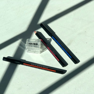 19-99 Beauty's New Spring Collection of Precision Colour Liners including shades Wasser, Meleg, & Rozsa
