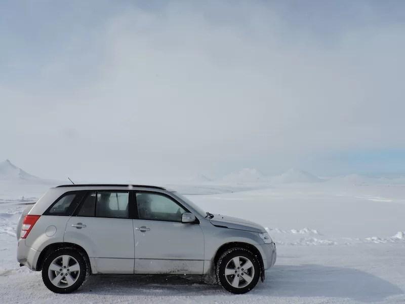 Islanda-a-Marzo-macchina-4x4-neve
