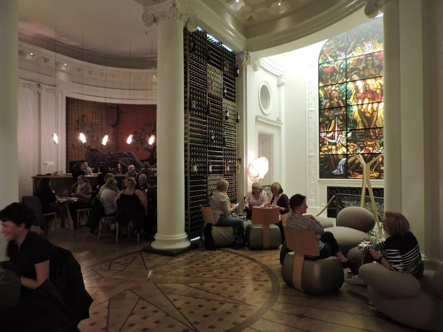 La Maison du Vin di Bordeaux è il posto migliore per assaggiare vini francesi in città