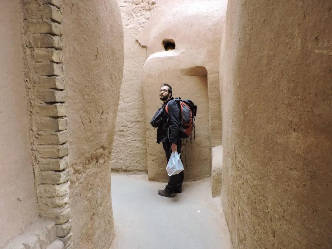 L'ocra delle città in Iran: una via del centro di Yazd