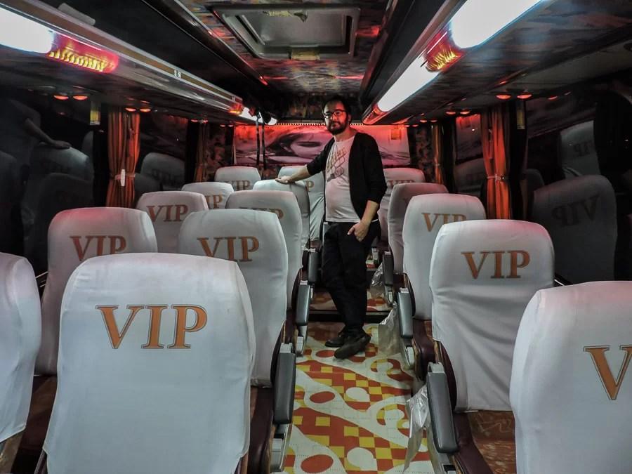 Un roboante autobus Iraniano