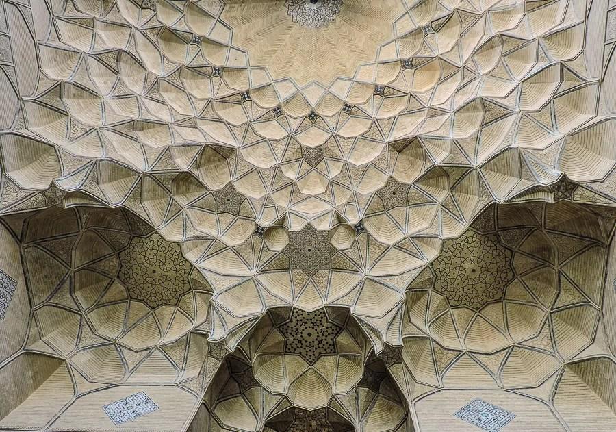 L'ingresso della della Moschea del Venerdì